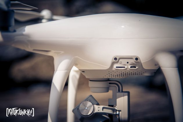 Phantom 4 SD Card Slot und neues Design