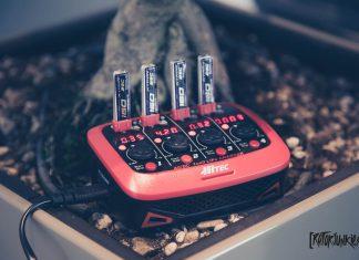 Ladegerät HITEC Micro X 4