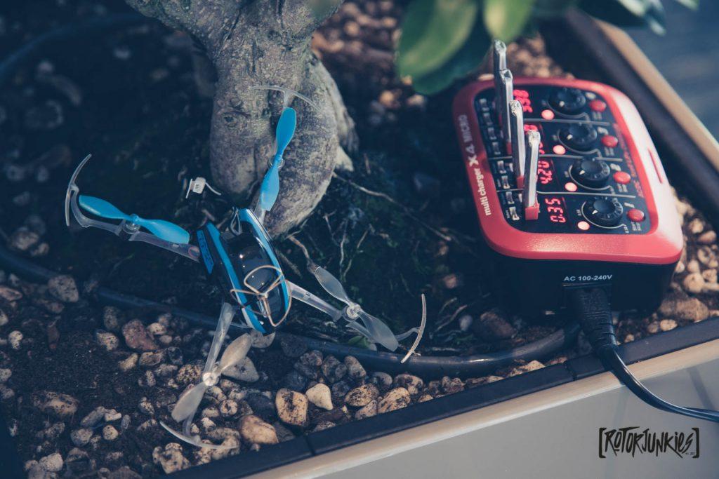 Hitec X4 - Kleines Kraftpaket für HomeRacer - ladegeräte