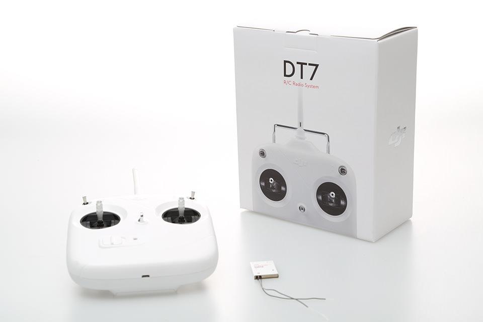 DJI 7-Kanal Einsteiger Fernsteuerung DT7 und Empfänger DR16 -